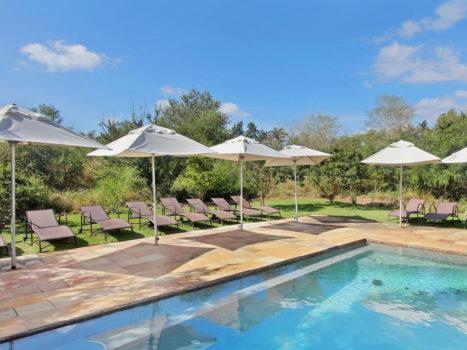 Ngwenya-Lodge-Pool-Global-Travel-Alliance-SA